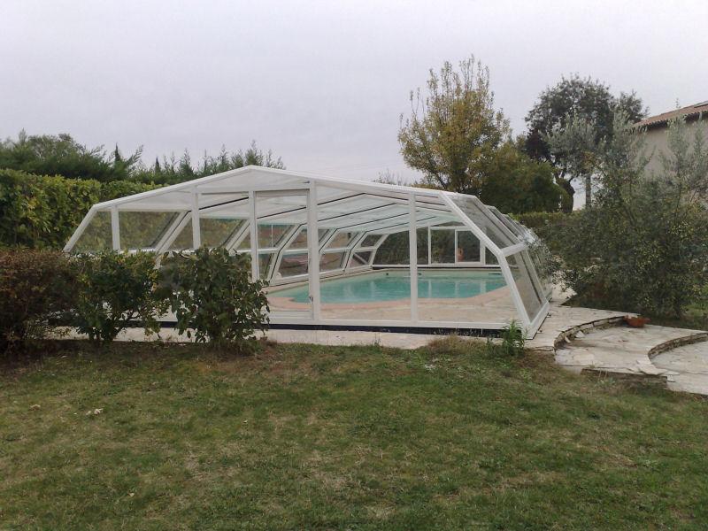 Abris piscine telescopique abris piscine telescopique for Abris piscine occasion