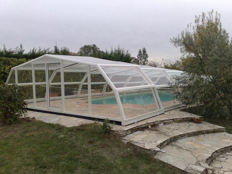 abris piscine telescopique abris piscine telescopique. Black Bedroom Furniture Sets. Home Design Ideas